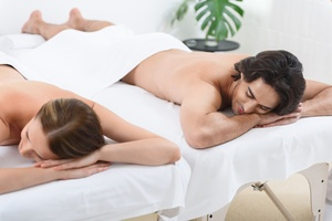 Couple waiting for Sensual massages